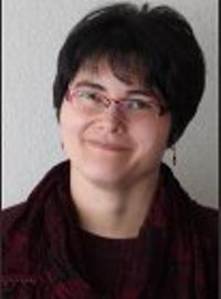 Lead Artist Betsy Luntao
